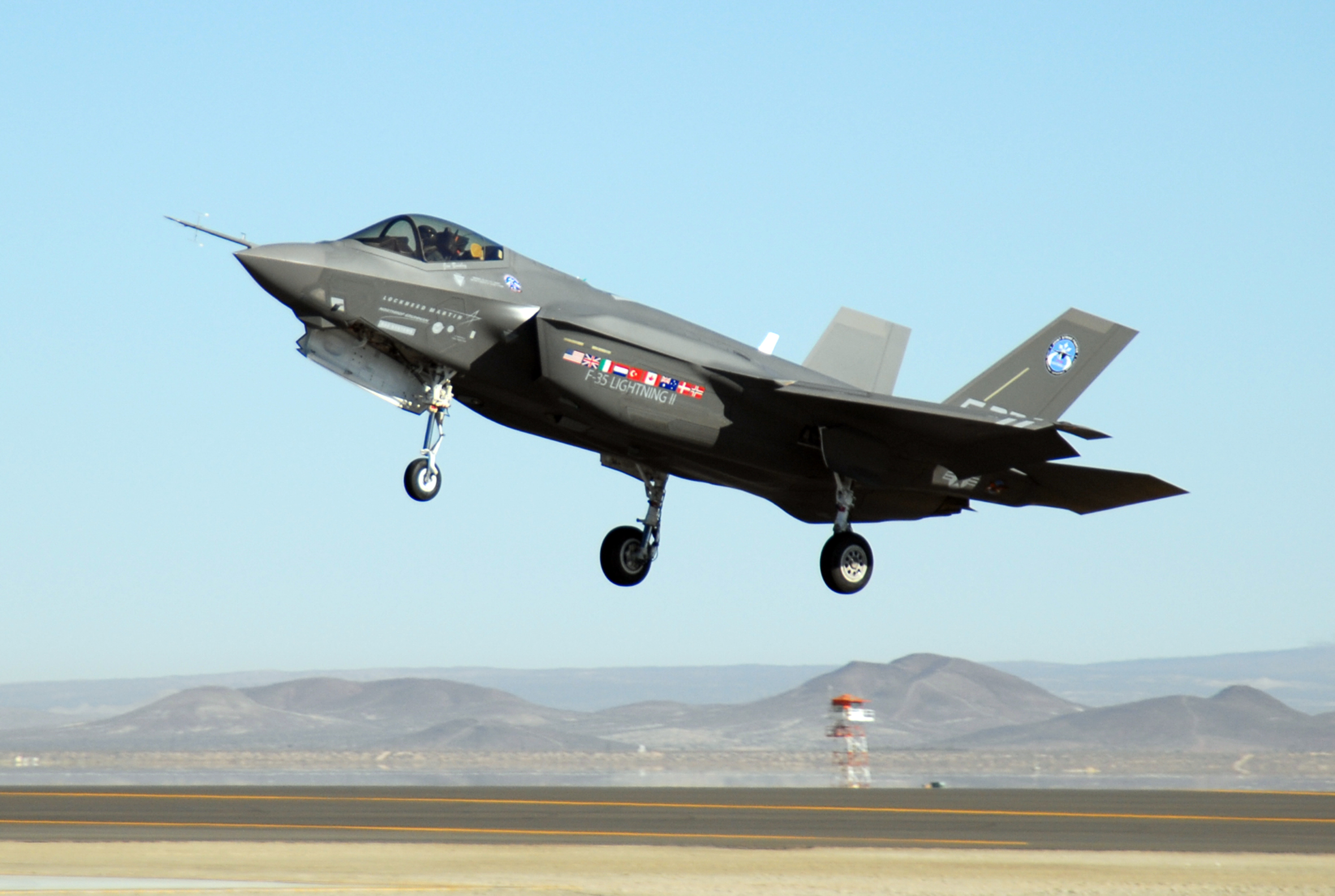 F-35 Lightning II taking off from Edwards Air Force Base